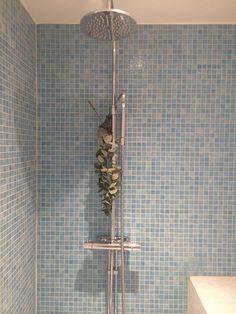 Enklaste (och vackraste) sättet att få ett väldoftande badrum