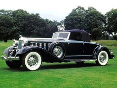 1933 Chrysler, coach work by LeBaron - (Chrysler Corp Auburn Hills, Michigan, 1925-present)