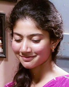 Pink glow will never leave her Beautiful Girl Indian, Most Beautiful Indian Actress, Beautiful Girl Image, Beautiful Actresses, Beauty Full Girl, Beauty Women, Sai Pallavi Hd Images, Bollywood Actress Hot Photos, Stylish Girl Pic