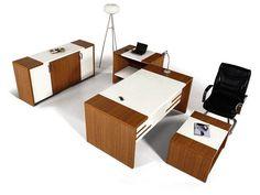 Şık ve uygun fiyatlı ahşap büro mobilyası. Dekoratif ön perdesi, kullanışlı aksamları ile yönetici masası ve şef masası niteliğinde bir ürün.
