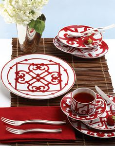 75e3c0e8d936 Reminiscent of Andalusian ironwork, Balcon de Guadalquivir by Hermes always  looks striking on a table