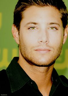 "If you don't think the word ""beautiful"" should be used to describe a man, you should look at Jensen Ackles"