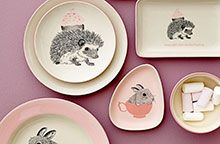 Bloomingville is a Danish contemporary design company that offer a wide range of home accessories, design furniture, kitchen styles and outdoor designs. Nordic Home, Mint, Teller, Scandinavian Interior, Home Interior Design, Contemporary Design, Home Accessories, Decorative Plates, Kids Fashion