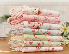 Browse unique items from cottonholic on Etsy, a global marketplace of handmade, vintage and creative goods. Tissu Style Shabby Chic, Shabby Chic Fabric, Shabby Fabrics, Vintage Fabrics, Shabby Chic Decor, Textiles, Rag Quilt, Fabulous Fabrics, Love Sewing