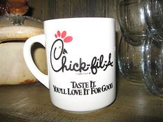 Vintage Chick-Fil-A coffee cup mug WHITE w/ RETIRED stylized CHICKEN breakfast