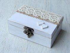 Cuscini per le fedi - Anello nuziale casella. Cuscino per fedi. Ring box - un prodotto unico di Decoupage-Margaret su DaWanda