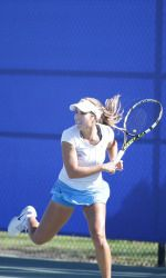 Women's Tennis Improves To 2-1 With Win Over Sacramento State #sjsu #spartansports #sjsutennis