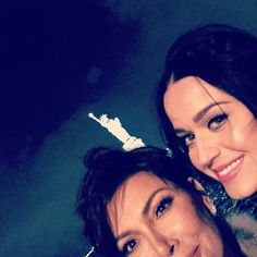 Pin for Later: Kendall and Gigi Turned Up the Heat at Chanel's Epic Yacht Party And Lady Liberty Photobombed Also, Kris clearly needs some practice when it comes to shooting a selfie.