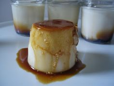 PASEN Y DEGUSTEN: FLAN DE QUESO. I can probably use this for Spanish extra credit in the future