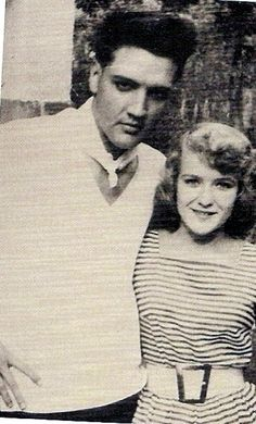 rare: Elvis photos