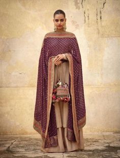 2019 Sabyasachi Charbagh Bridal Lehenga collection has a bunch of traditional red wedding lehengas, some gorgeous destination wedding outfits + lots more. Shadi Dresses, Pakistani Dresses, Indian Dresses, Indian Wedding Outfits, Indian Outfits, Indian Weddings, Red Wedding, Indian Attire, Indian Wear