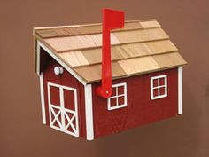 Amish barn mailbox