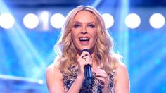 Kylie Minogue - 2000 Miles (The John Bishop Christmas Show 2015)