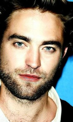 Robert Pattinson (2014 TIFF)