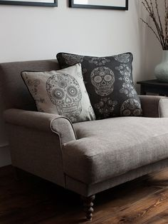 These linen cushions are available in two colour ways and sizes; Pale Grey Sugar Skull Cushion 45cm x 45 cm cushion Dark Grey Large Sugar Skull Cus...