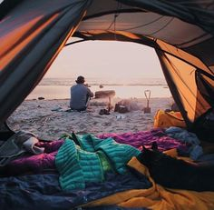 Nothing beats waking up with the sun on the beach. Summer goals.