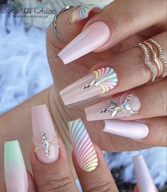 Discovered by m. Find images and videos about cute, nails and girly on We Heart It - the app to get lost in what you love. Glam Nails, Dope Nails, Bling Nails, Beauty Nails, My Nails, Fancy Nails, Bling Nail Art, Summer Acrylic Nails, Best Acrylic Nails