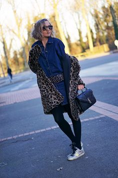 #denim #leopard #fashionblog Style Blog, My Style, Fashion Blogs, Sequin Skirt, Sequins, Skirts, Outfits, Outfit, Skirt