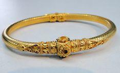 22 k solid gold bangle bracelet jewelry 6354 - tribalexport Gold Bangle Bracelet, Cuff Earrings, Jewelry Bracelets, Jewellery, Jewelry Art, Ear Cuffs, Gold Bangles Design, Jewelry Design, Solid Gold Bangle