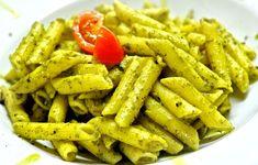 Pasta Al Pesto, Pasta Al Cilantro, Pesto Pasta Recipes, Basil Pesto, Pasta Salad, No Calorie Foods, Low Calorie Recipes, Penne Carbonara, Pasta Amatriciana