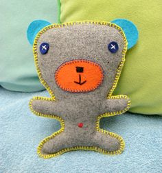 Un bricolage facile à faire avec les enfants - le doudou - Grandir avec Nathan http://www.grandiravecnathan.com/couture/un-bricolage-facile-a-faire-avec-les-enfants-le-doudou.html