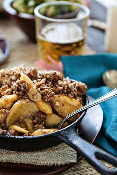 Browned Butter Bourbon Apple Crisp - Delicious thanksgiving dessert recipe! Apples with browned butter, bourbon, and brown sugar, topped with a crunchy crisp topping  #LifesBetterTogether #BeThere @evite   www.goodlifeeats.com  @goodlifeeats