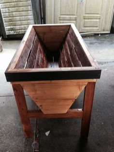veg trug - the first one is done!