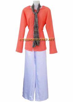 Trang phục biểu diễn văn nghệ: Áo vải muslin màu cam nhạt, quần phi trắng hoặc phi đen. Thích hợp để hát múa các bài hát nam bộ, diễn tiểu phẩm.