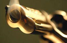Mujer muere por herida arma de fuego ocasionada por su esposo de manera accidental