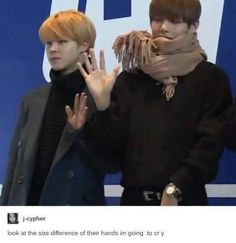 Ahahahahaha what's wring with da scarf, idk if that's a style or whatev's, but it looked like messed up af (jimin looked cute tho❤️❤️)