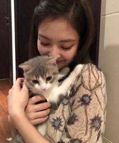 Jenie Black Pink I 6 | KASKUS Kpop Girl Groups, Korean Girl Groups, Kpop Girls, Blackpink Jennie, Square Two, Blackpink Members, Kim Jisoo, Girl Celebrities, Blackpink Lisa