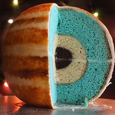 Just A Cake That Looks Like Jupiter: This cake of Jupiter is not only beautiful, but also a scientifically accurate in it's representation of the planet's ice and rock core.