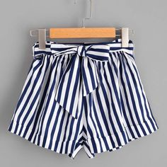 Shop Striped Self Tie Waist Shorts online. SheIn offers Striped Self Tie Waist Shorts & more to fit your fashionable needs. Tie Waist Shorts, Belted Shorts, Striped Shorts, Elastic Waist, High Waisted Shorts, Short Elegantes, Look Con Short, Prom Updo, Vetement Fashion
