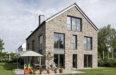 Röben Klinker, Bricks | Einfamilienhaus | Klinker: GEESTBRAND felsgrau | Foto: Cornelia Suhan