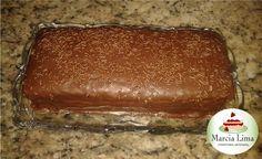 Bolo Pão de Mel com recheio de Brigadeiro.