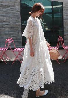 PAO Kyoto Japan Long Skirt Fashion, Boho Fashion, Fashion Outfits, Womens Fashion, Simple White Dress, Simple Dresses, Casual Dresses, White Maxi Dresses, Linen Dresses