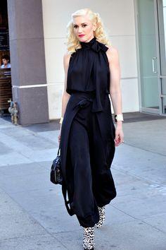 gwen-stefani-black-jumpsuit