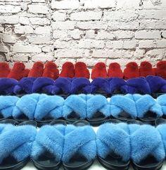 Mink fur shoes Sable Fur Coat, Mink Fur, Chinchilla Fur Coat, Fur Fashion, Fur Jacket, Slippers, Shoes, Sneaker, Zapatos
