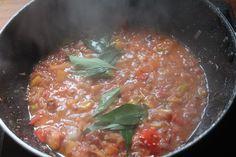 South African Fish Curry Recipe - Mchuzi Wa Samaki Recipe - Yummy Tummy Fish Filet Recipes, Fish Recipes, Indian Food Recipes, Ethnic Recipes, Hot Dog Recipes, South African Recipes, Fish Curry, Curry Recipes, Cooking Time