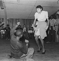 Post with 1678 views. Couple dancing the Jitterbug. (photo by Marion Post Wolcott) Black Dancers, Dance It Out, Lindy Hop, Swing Dancing, Partner Dance, Band Photos, Music Images, Old Quotes, Lets Dance