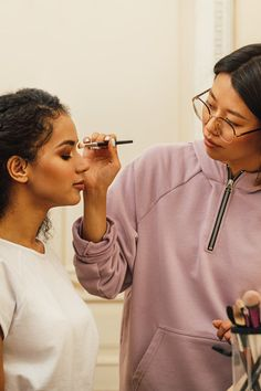 Where to Get Your Prom Makeup Done Formal Makeup, Prom Makeup, Hair Makeup, Full Makeup, Makeup Looks, Virtual Makeup, Special Occasion Makeup, Makeup Lessons, Set Up An Appointment