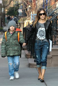 Sarah Jessica Parker Photo - Sarah Jessica Parker Walks Her Kids to School 2