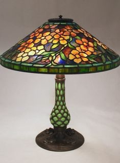 Astounding photo - see our piece for more recommendations! Stained Glass Lamp Shades, Studio Lamp, Tiffany Glass, Bedside Lamp, Leaded Glass, Oil Lamps, Vintage Lighting, Glass Design, Lamp Light