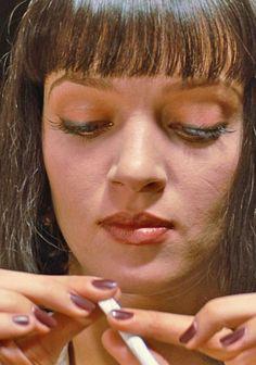 Uma Thurman in Pulp Fiction, 1994 Pulp Fiction Costume, Uma Thurman Pulp Fiction, Quentin Tarantino Films, Star Wars, Film Music Books, Film Stills, Classic Movies, Movies Showing, Makeup Inspo