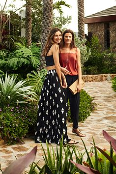 Perfect Summer Look - Latest Casual Fashion Arrivals. H&m Fashion, Couture Fashion, Fashion Models, Fashion Looks, Fashion Outfits, Holiday Outfits, Spring Outfits, Holiday Clothes, Pretty Outfits