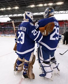 Palmateer and Potvin Hockey Goalie Pads, Hockey Players, Ice Hockey, Maple Leafs Hockey, Goalie Mask, Cycling Gloves, Masked Man, Toronto Maple Leafs, How To Look Pretty