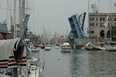 Boat Night, Port Huron, MI: Port Huron to Macinac Race by Sail Brooklyn, via Flickr