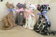 Designs By Louisa Meyer Originals Teddy Toys, Cat Party, Machine Embroidery Designs, Originals, Dolls, Cool Stuff, Create, Floral, Projects