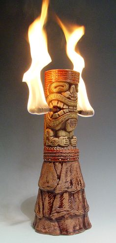 WOW!!! What a COOL tiki totum with flames! Great for a Tiki Party!  Tiki Décor, Tiki Bar, Tiki mug, Tiki!