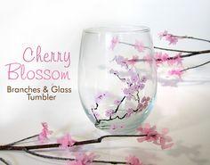 Comment décorer un verre sur le thème des fleurs de cerisier